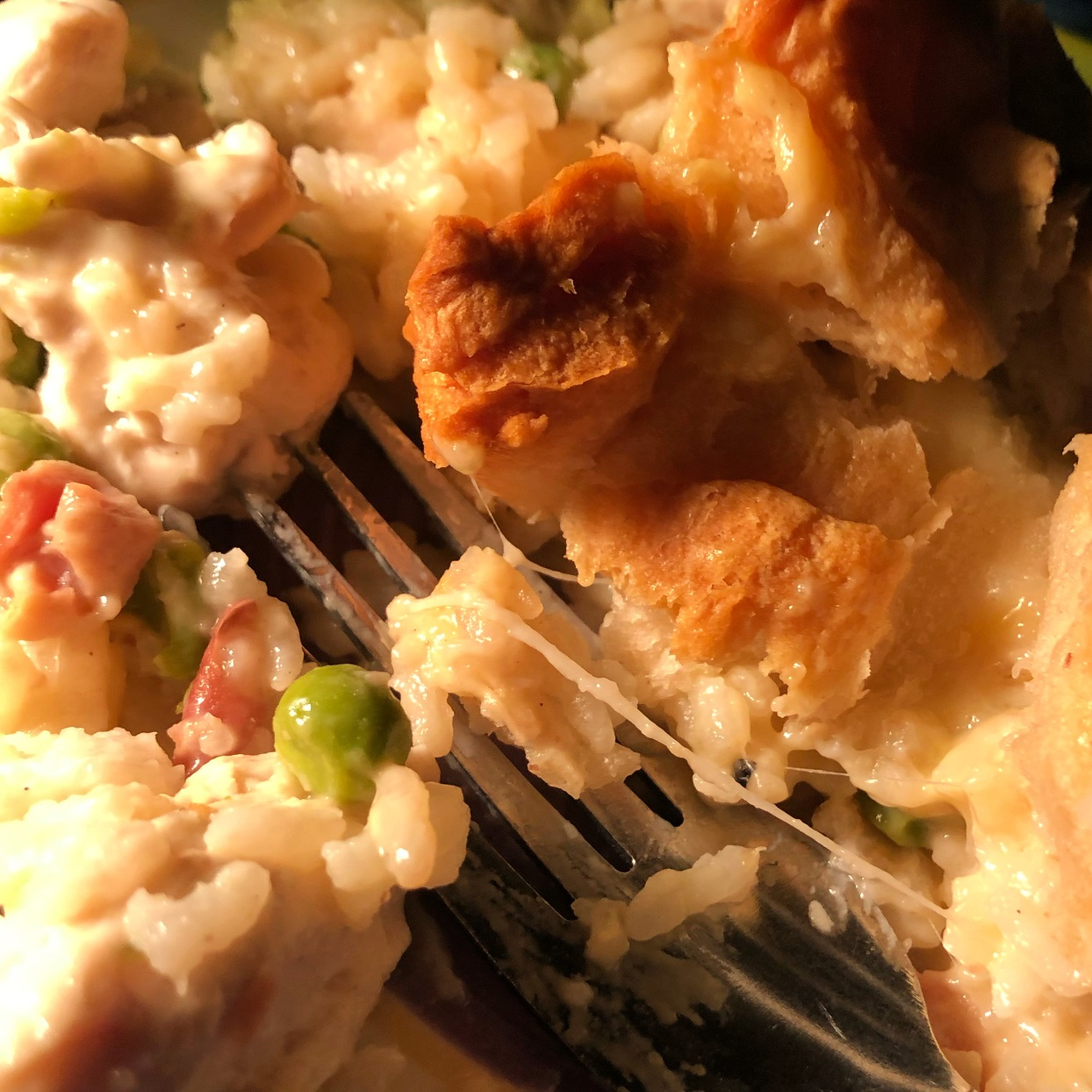 Chicken, Rice, and Biscuit Casserole