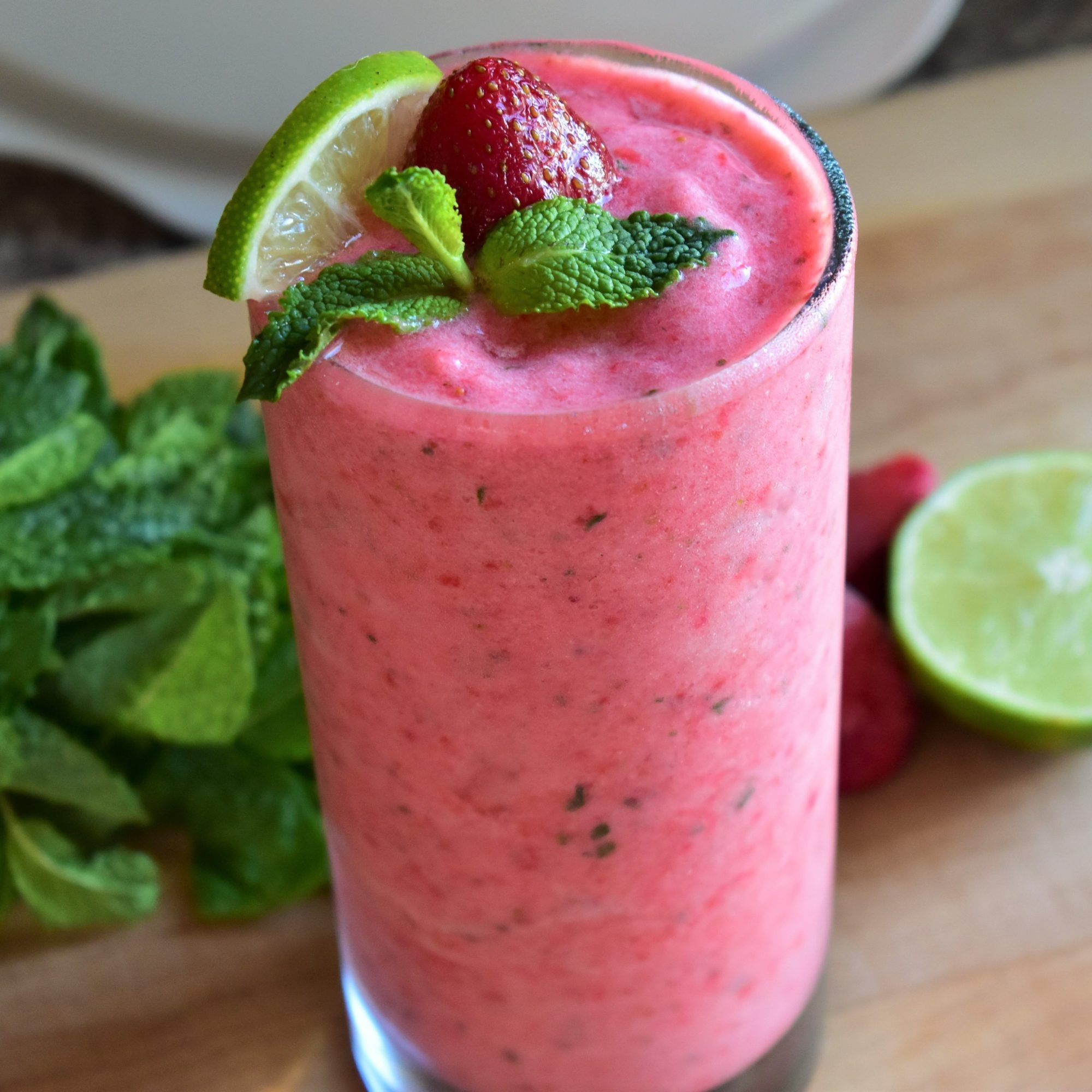 Mint and Fruit Smoothie
