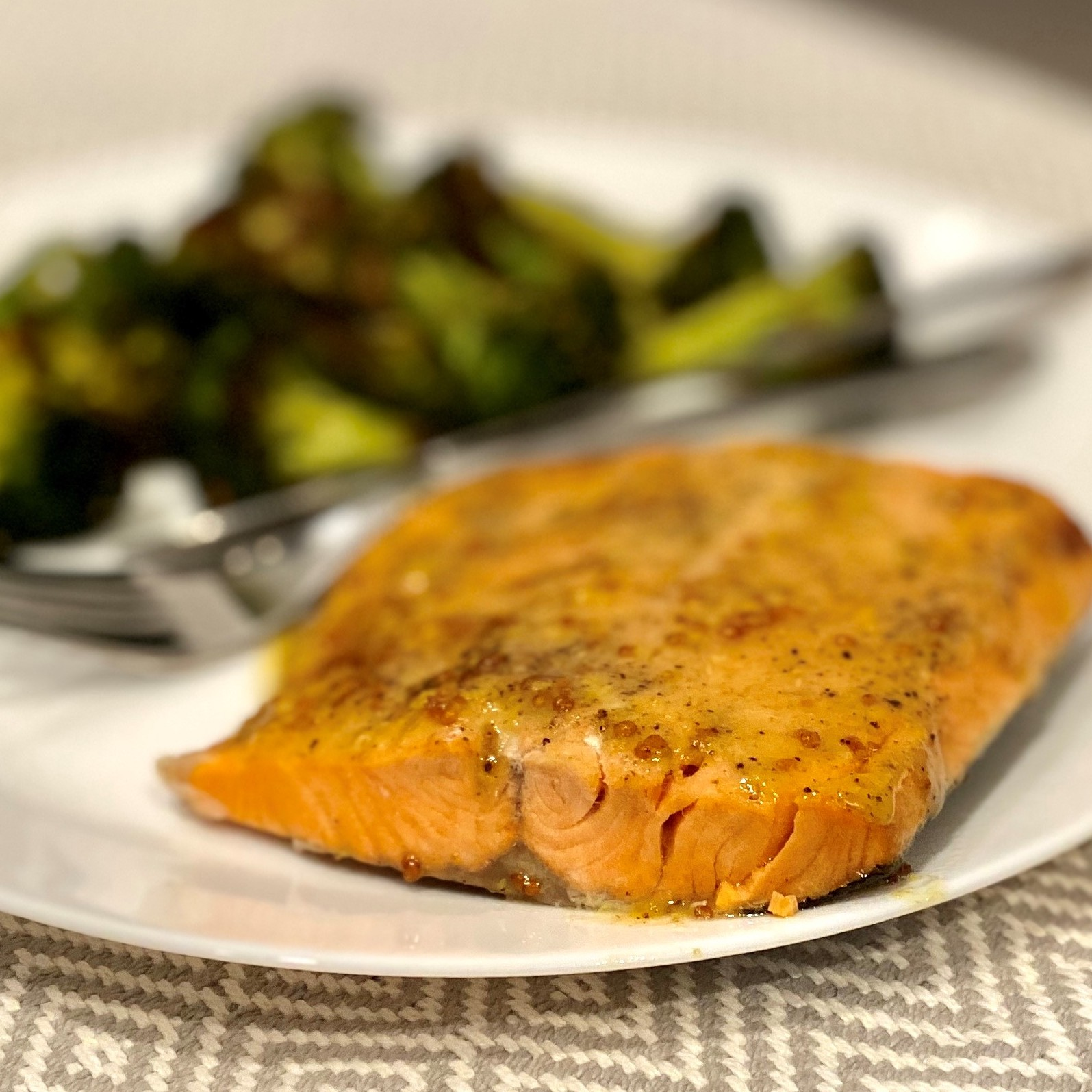 Instant Pot® Honey-Mustard Salmon from Frozen