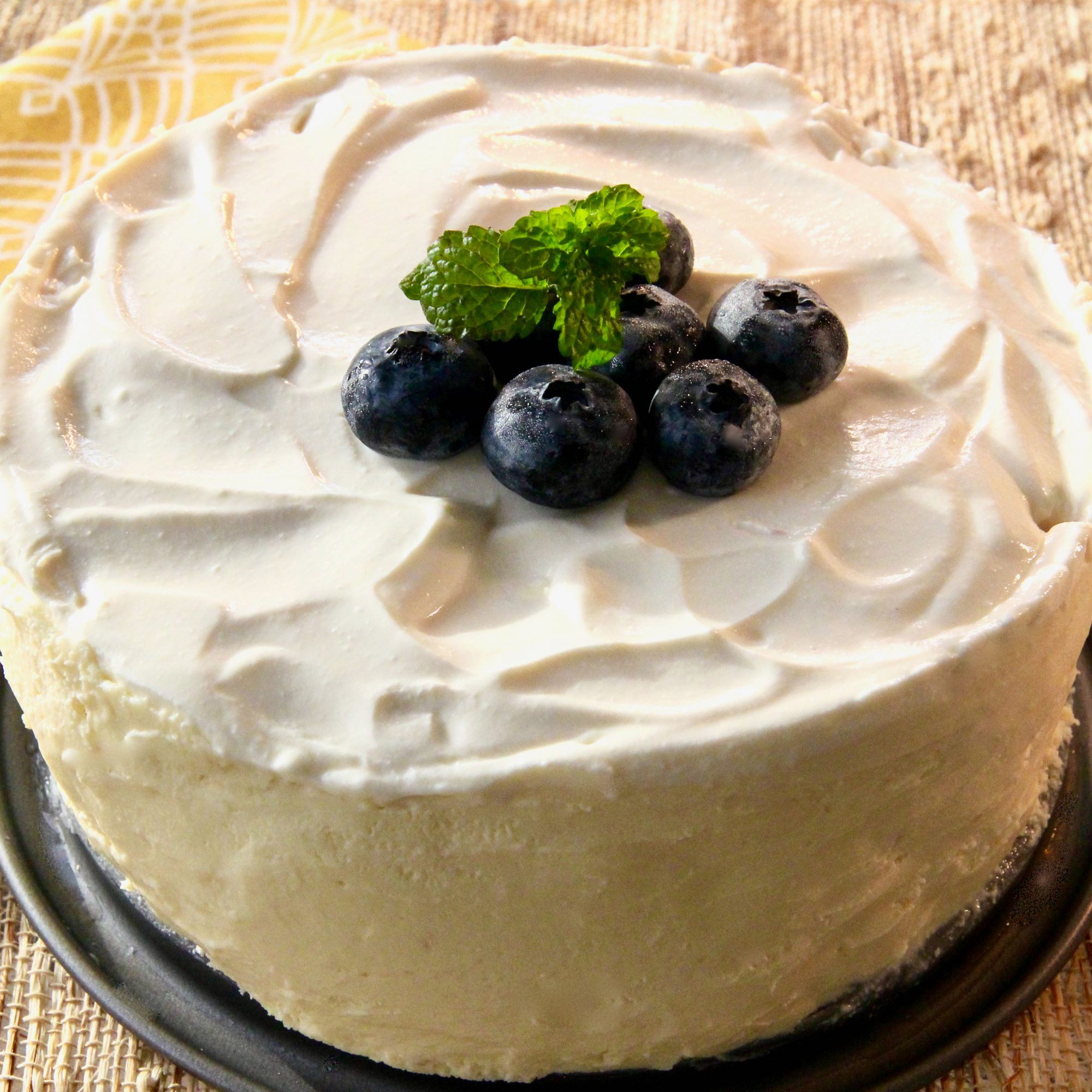 Instant Pot Cheesecake with Sour Cream Topping