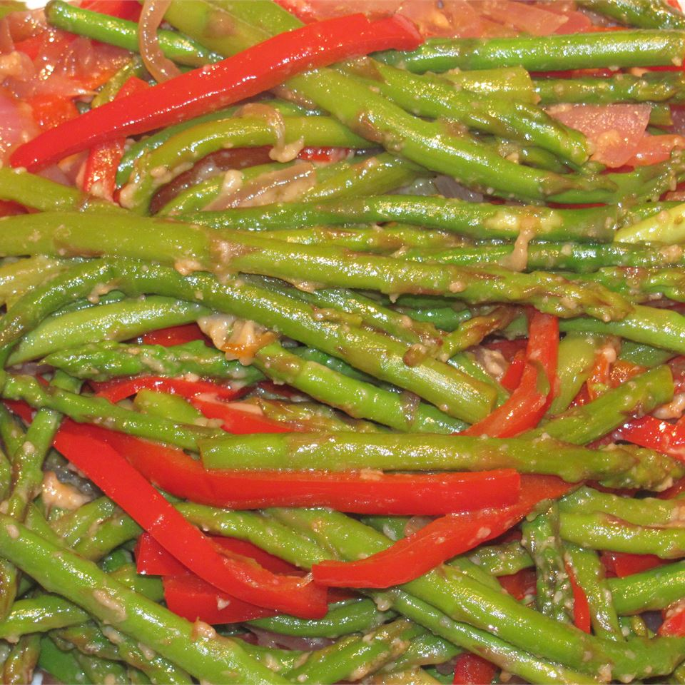 Asparagus and Red Pepper with Balsamic Vinegar