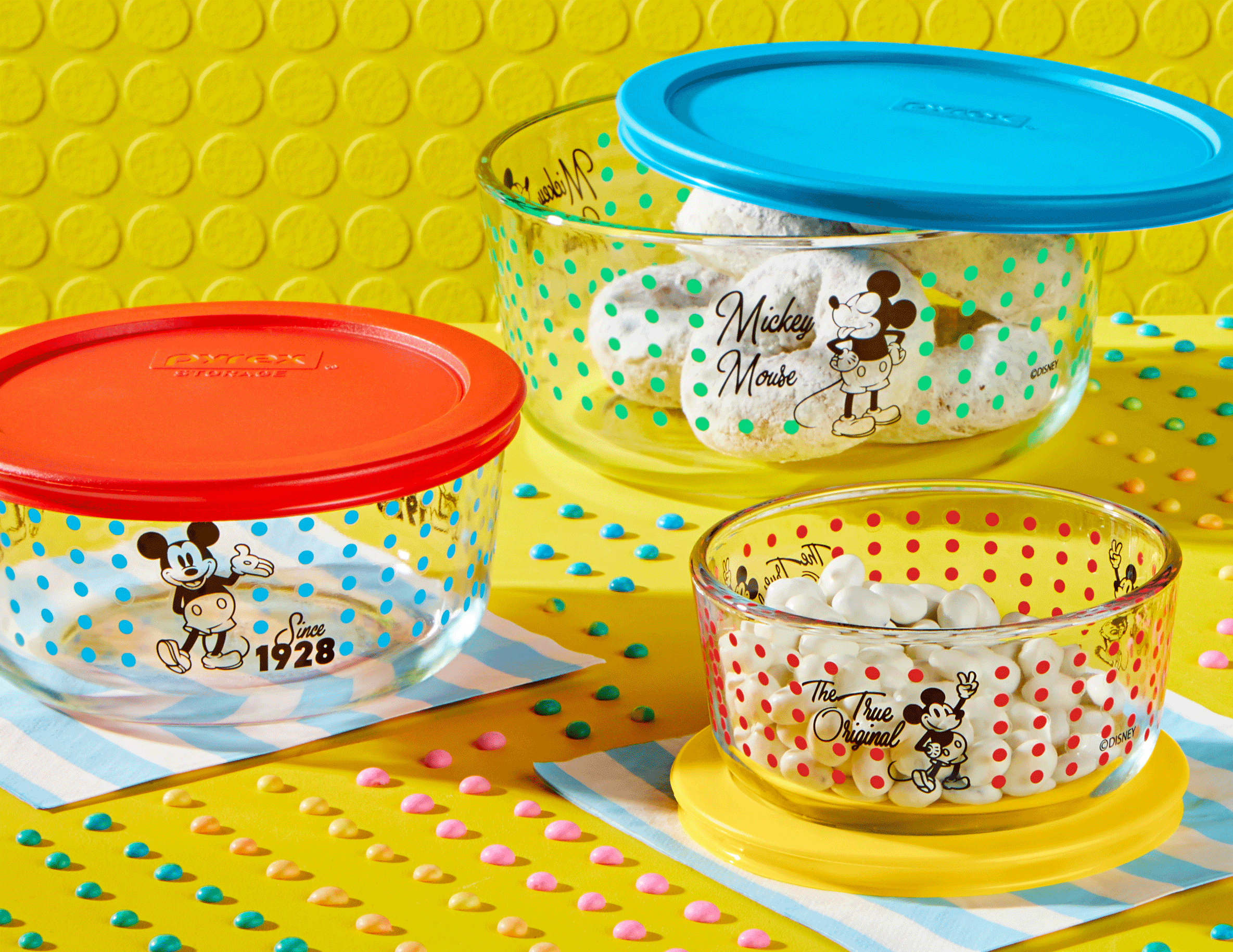 Pyrex Mickey Mouse