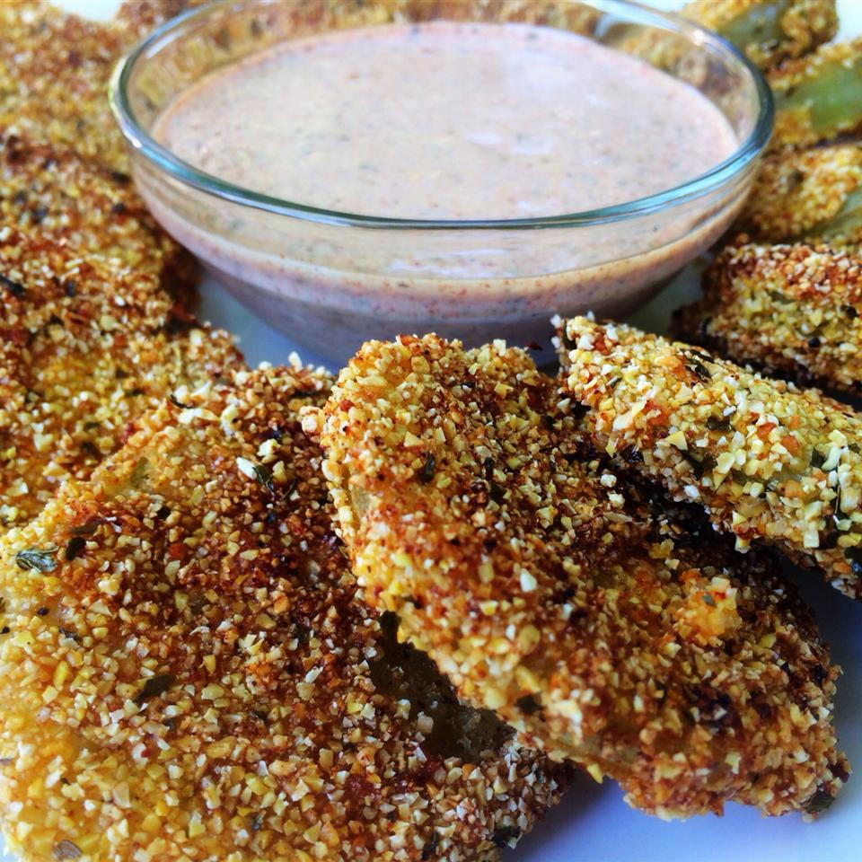 fried green tomatoes with dipping sauce
