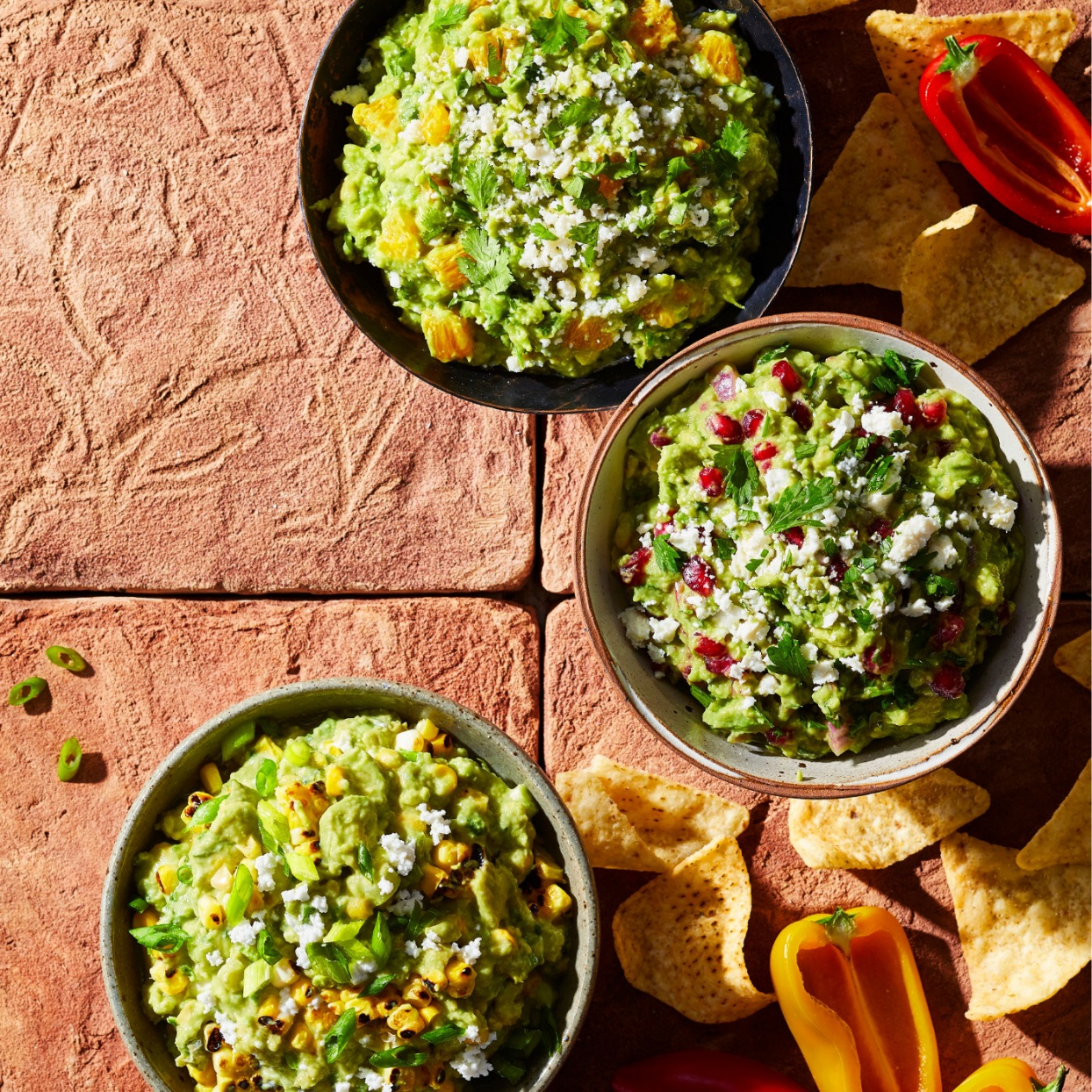 How to Make a Basic Guacamole Dip With 3 Flavorful Variations