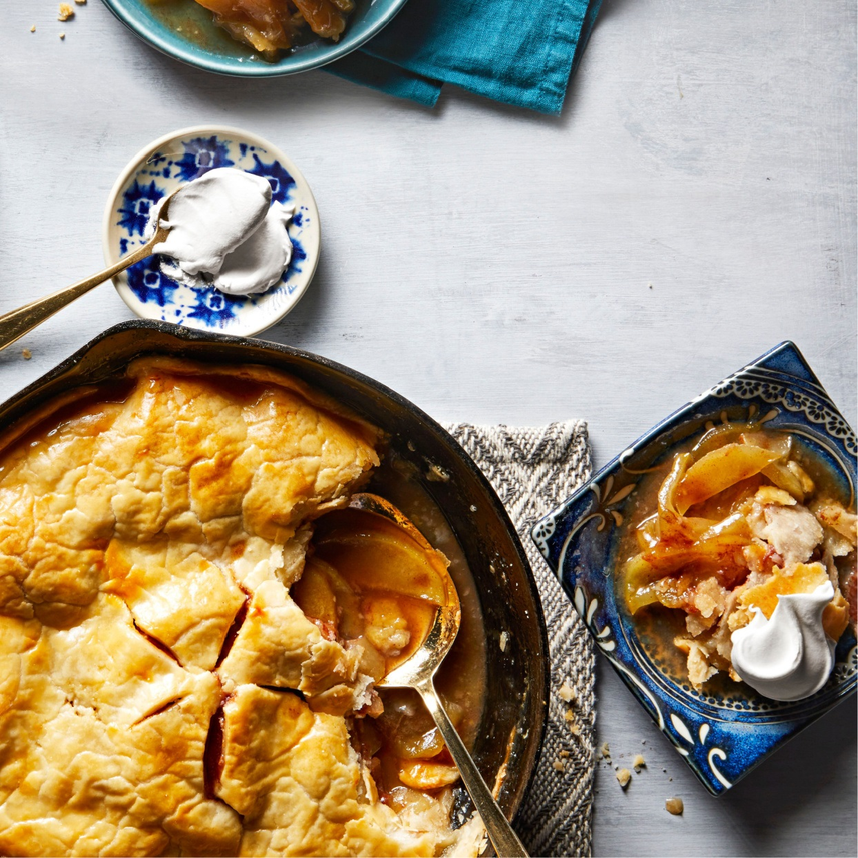 apple pie baked in a cast iron skillet