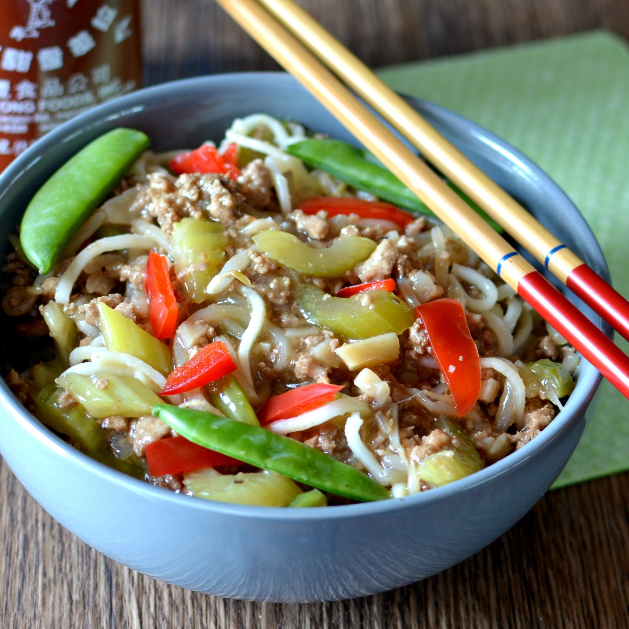 Easy Ground Turkey Lo Mein in a blue bowl with chopsticks