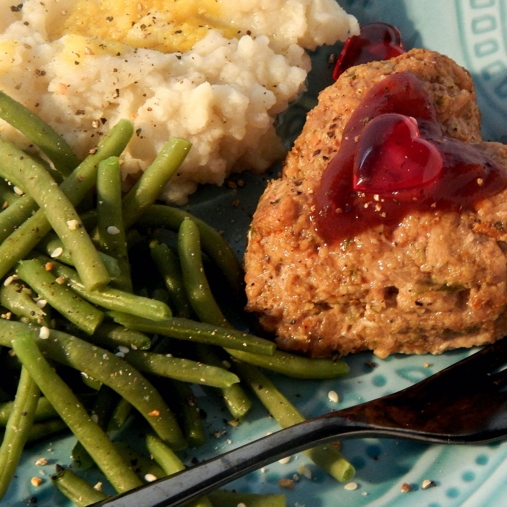 Japanese-Style Meatloaf with green beans and mashed potatoes