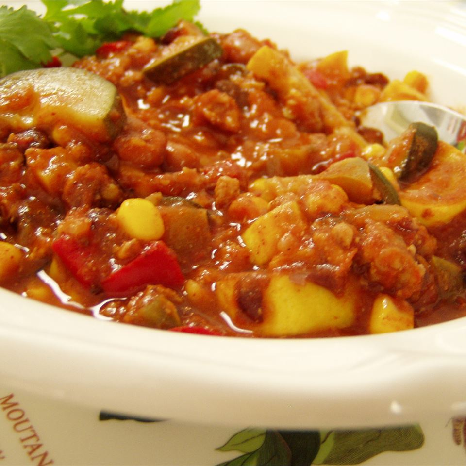 Vegetable chili with squash