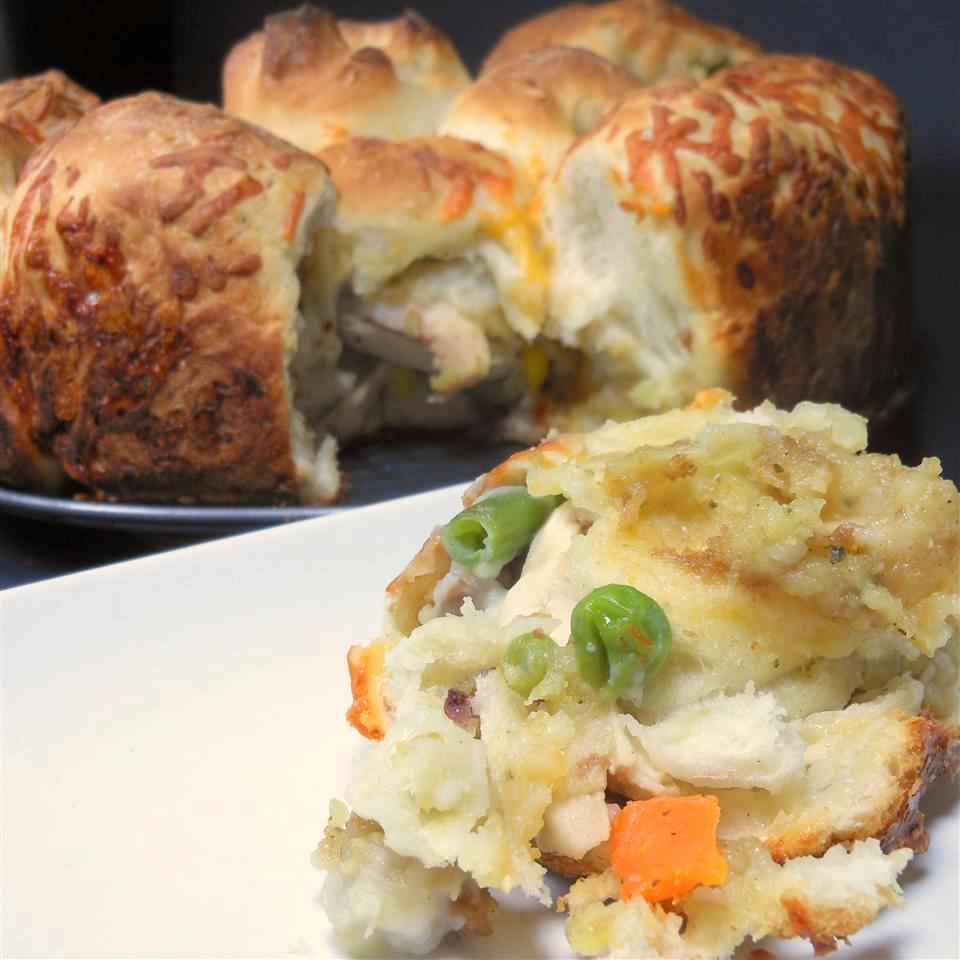 savory monkey bread with Thanksgiving leftovers