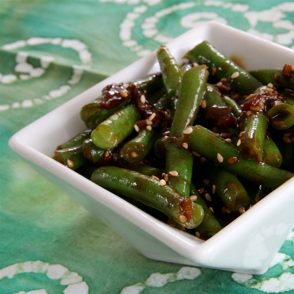 Fresh Green Beans with Heaven Sauce in a white bowl