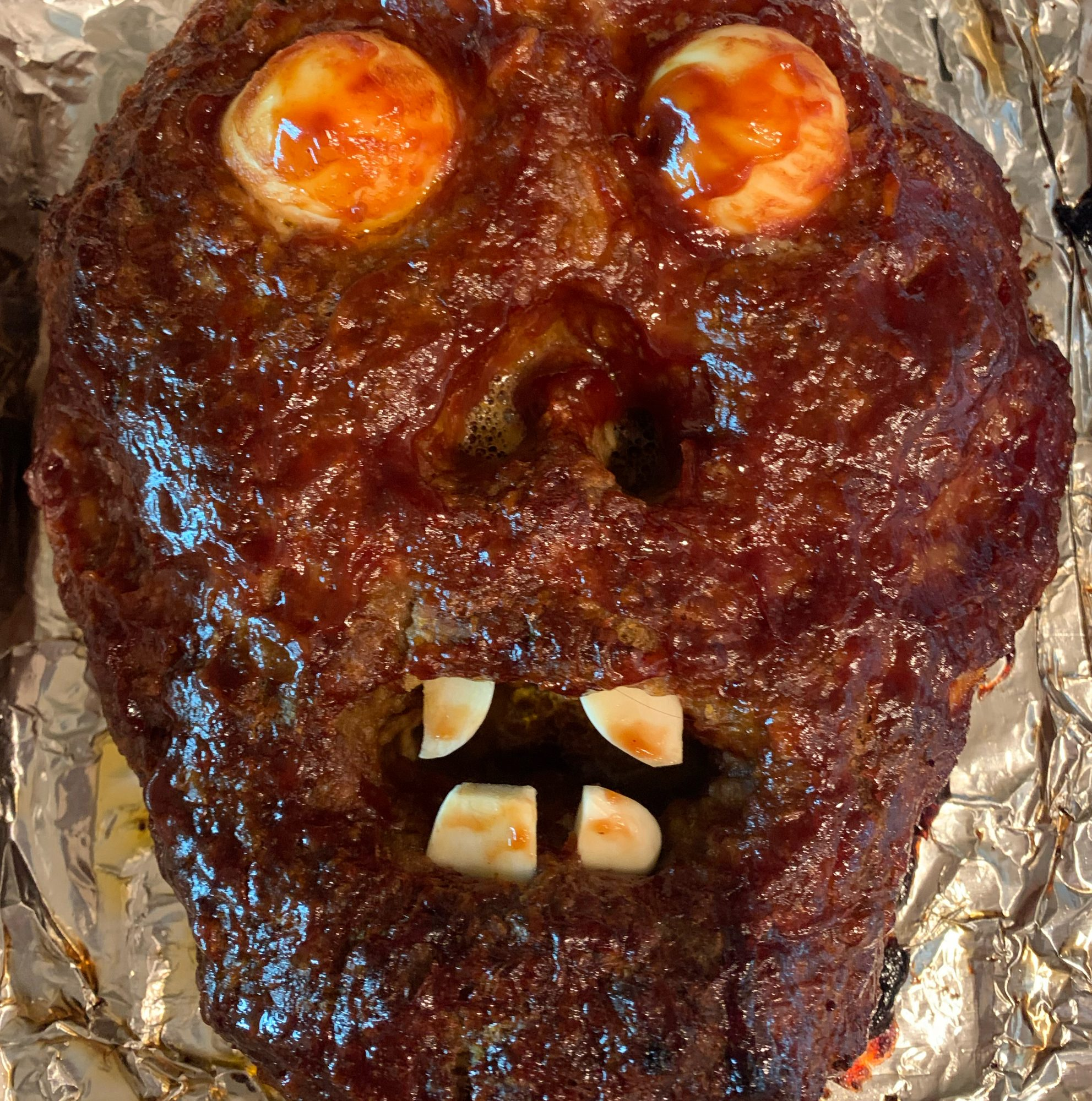 12 Halloween Dinner and Appetizer Ideas That Are a Total Scream ...