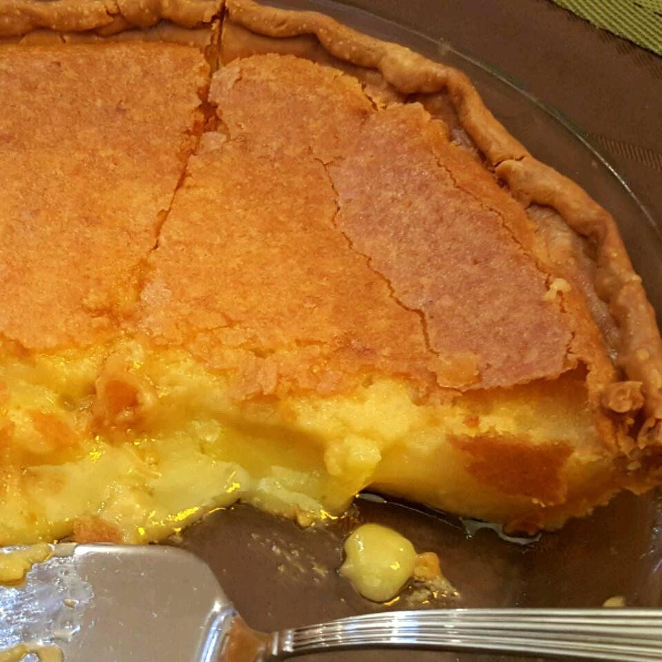 middle of a chess pie sliced