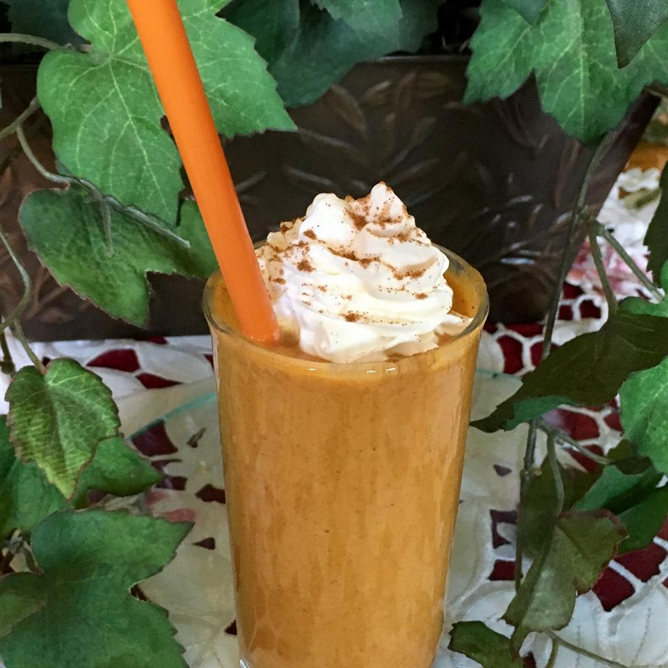 Pumpkin Spice Smoothie with whipped cream