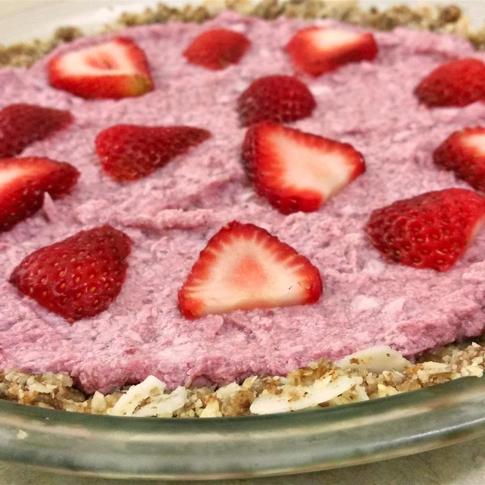 raw strawberry pie with slices of strawberries on top