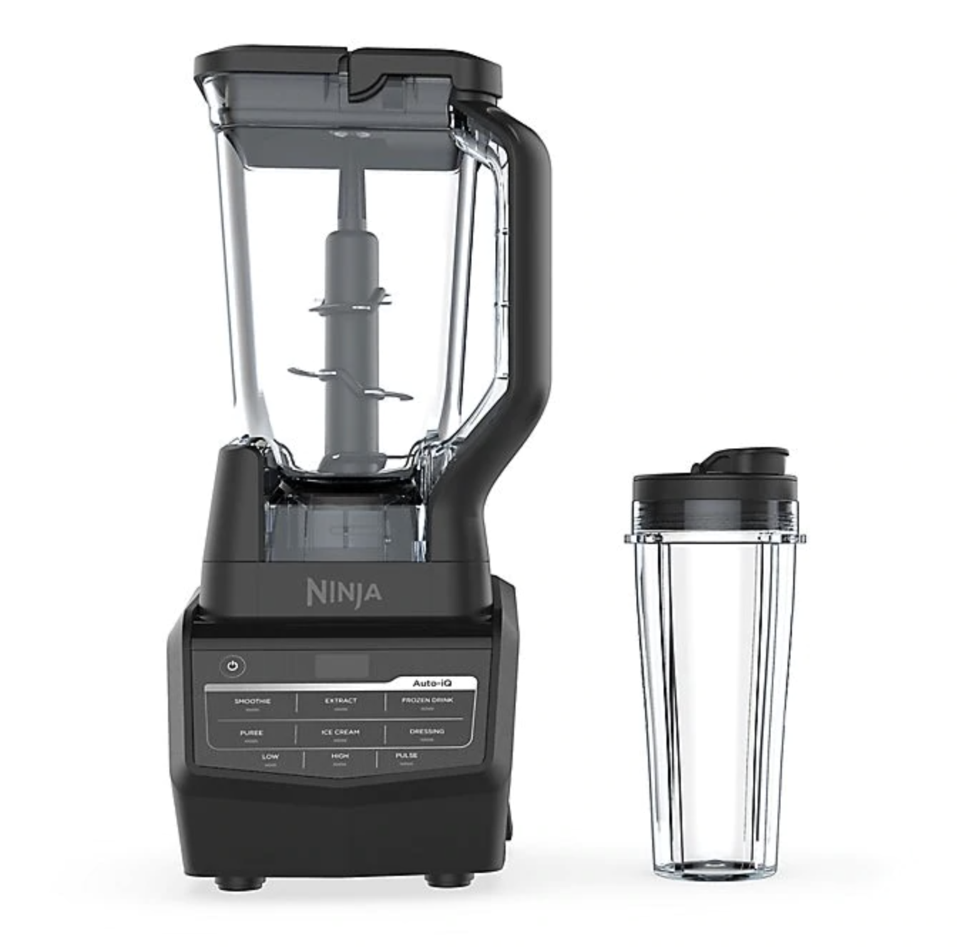 Large Ninja blender with travel cup and lid