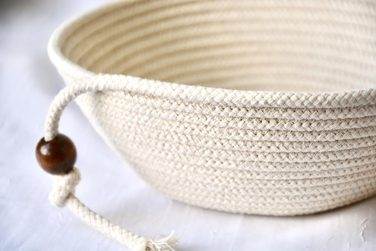 Woven basket for bread proofing