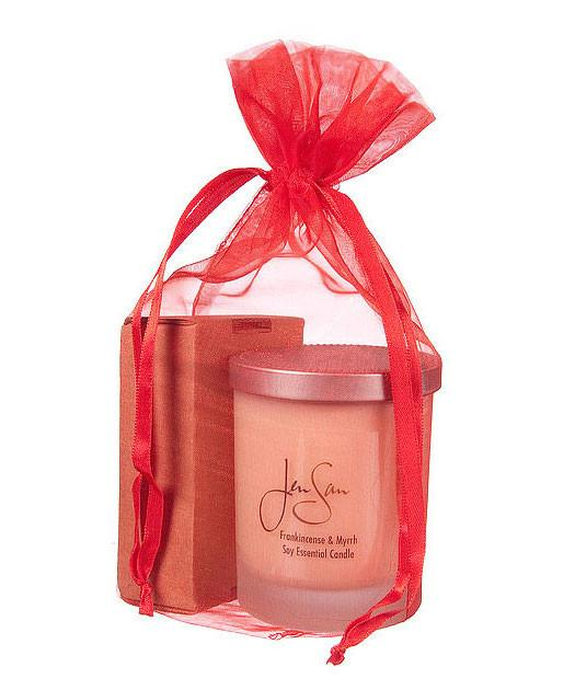 Candle and soap set in red mesh bag