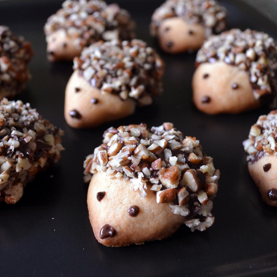 hedgehog cookies with chocolate and nuts