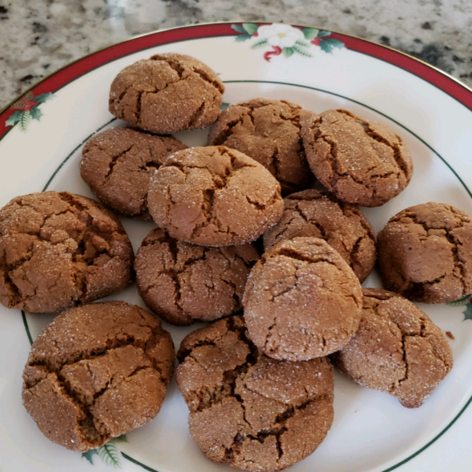 Mom's Ginger Snaps on a Christmas plate