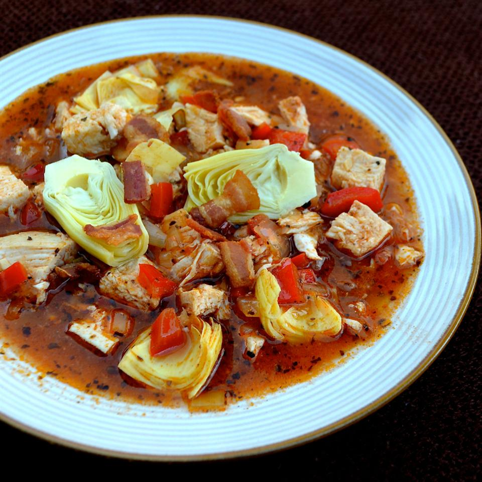 Chicken stew with artichokes and tomatoes