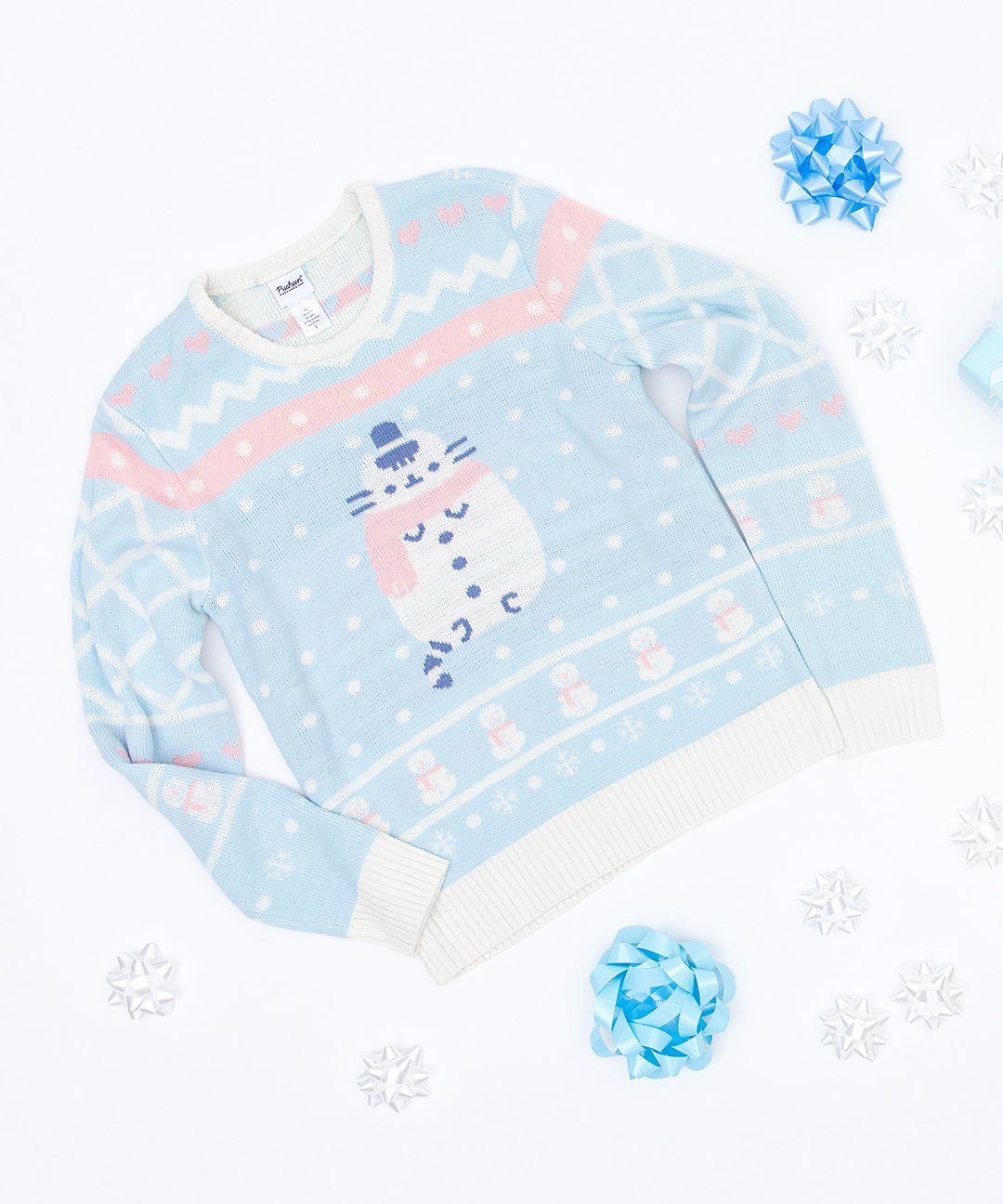 Baby blue sweater with Pusheen cat