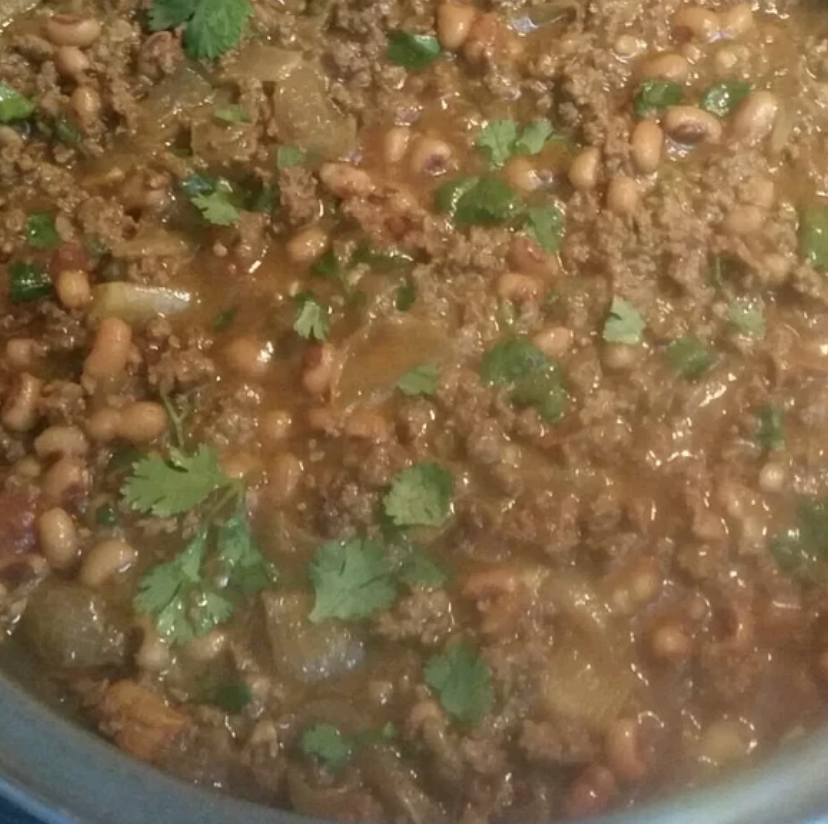 pot of minced beef with black eyed peas