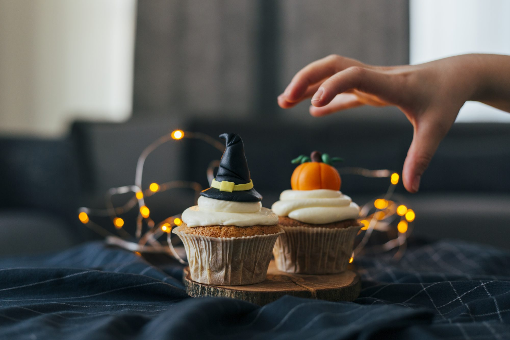 Witch Hat and Pumpkin Cupcakes