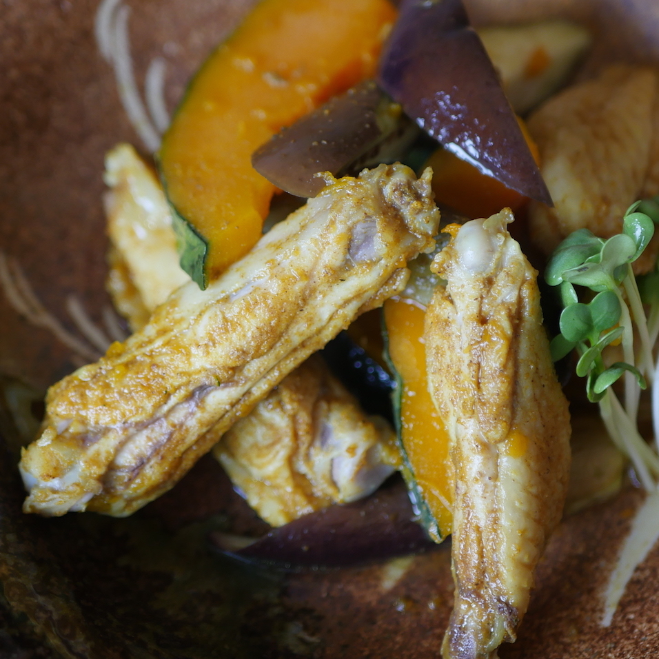 kabocha squash with chicken wings and eggplant