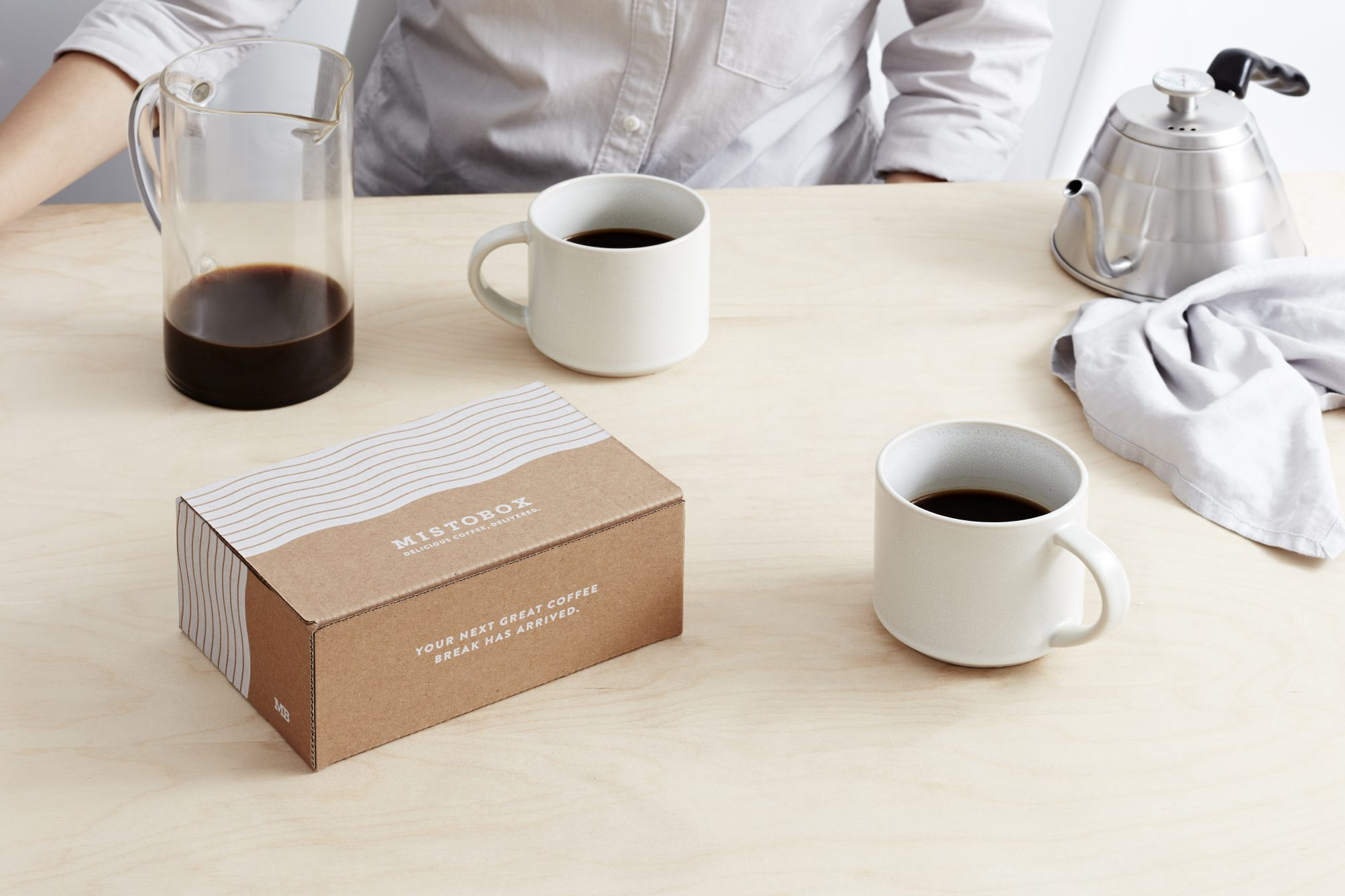 MistoBox with cups of coffee