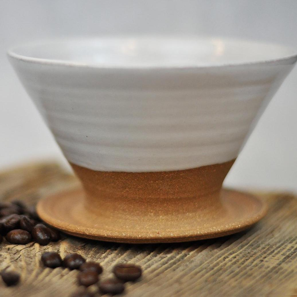 Ceramic Coffee Pour-Over white and clay colored