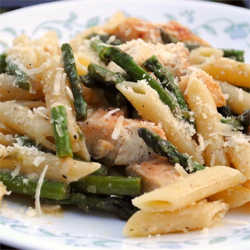 15 Asparagus Pasta Recipes You'll Want to Make on Repeat