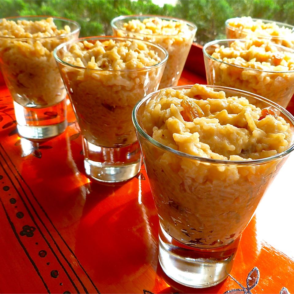 Creamy Earl Grey Rice Pudding in glass cups