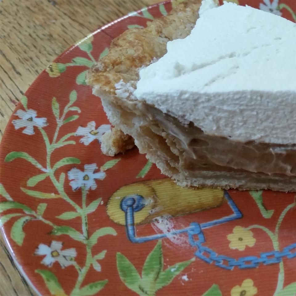 Earl Grey Cream Pie on a floral plate