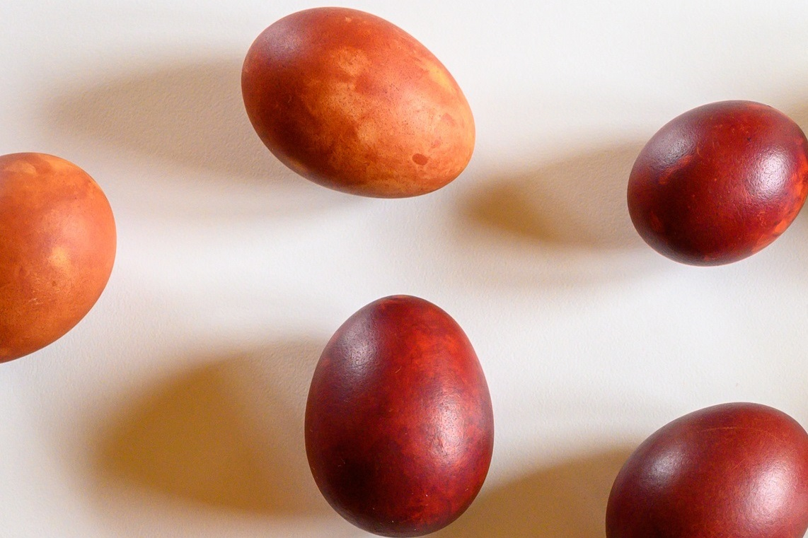 easter eggs dyed with coffee