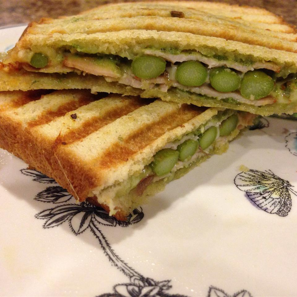 asparagus spears in sandwich