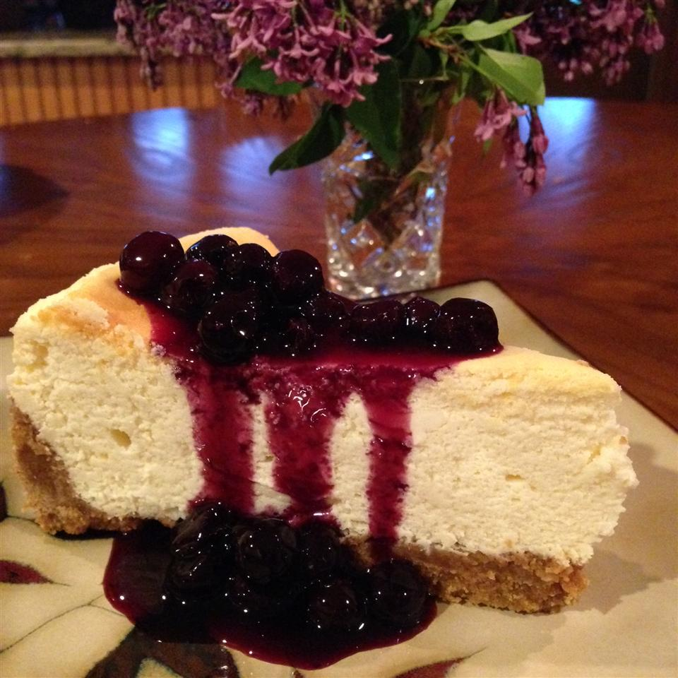 lemon cheesecake slice with blueberry topping