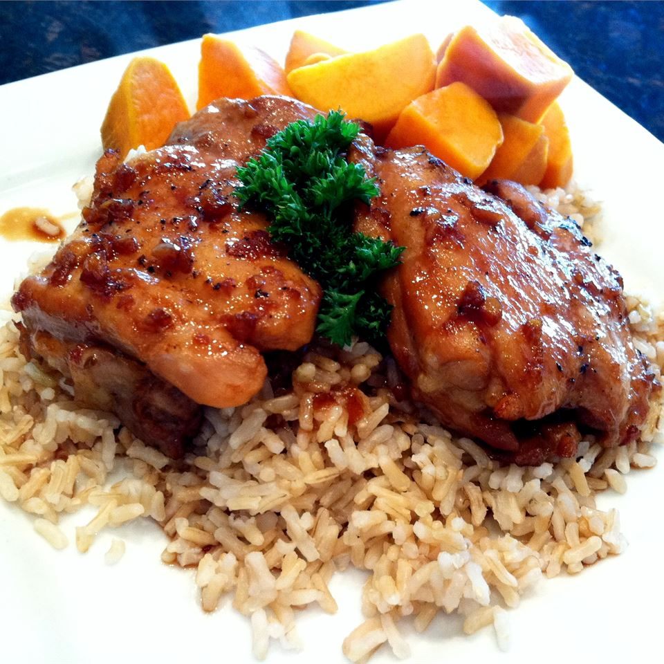 grilled chicken thighs over brown rice with side of sweet potatoes