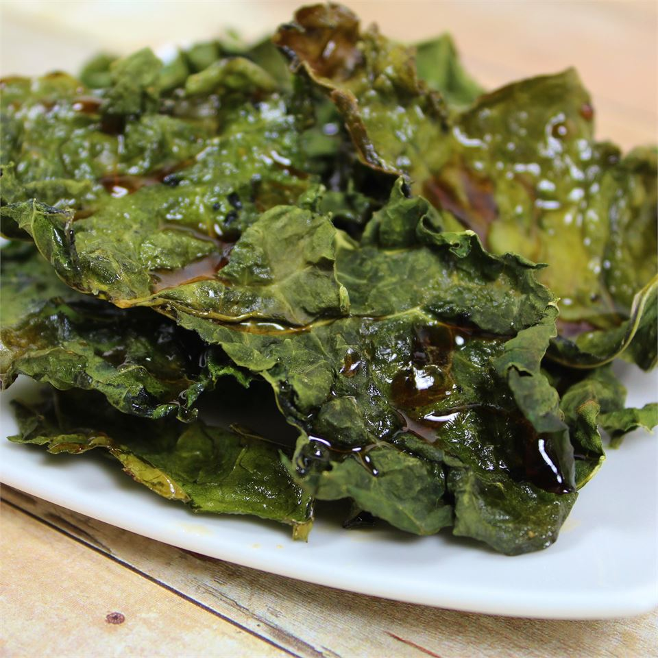 Maple Kale Crisps on a white plate