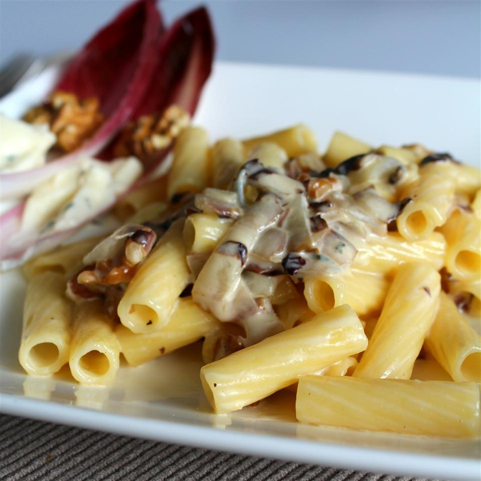 Pasta with Gorgonzola Sauce and Radicchio on a white plate