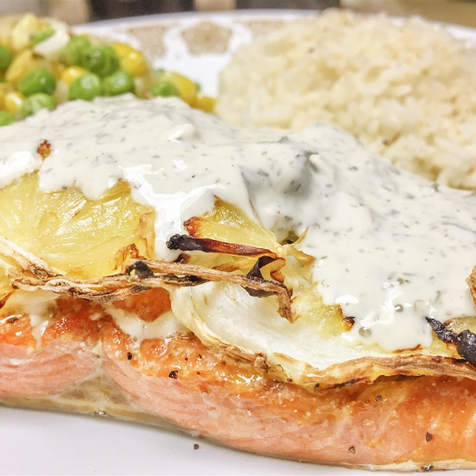 salmon fillet with roasted onions and dill sauce