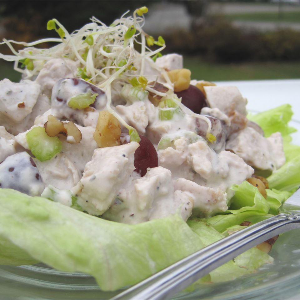 chicken salad with walnuts and bean sprouts