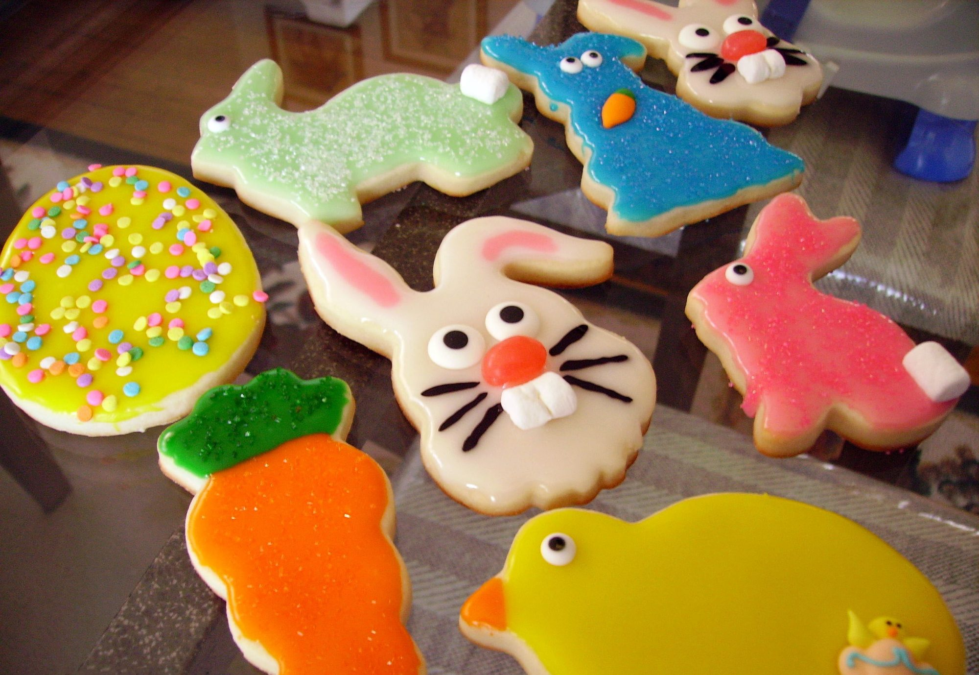 cookies decorated like Easter bunnies, carrots, chicks, and eggs