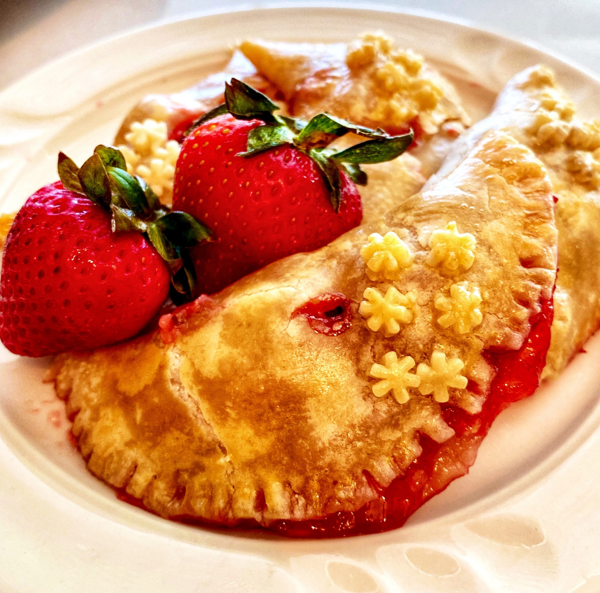 strawberry hand pies with fresh strawberries