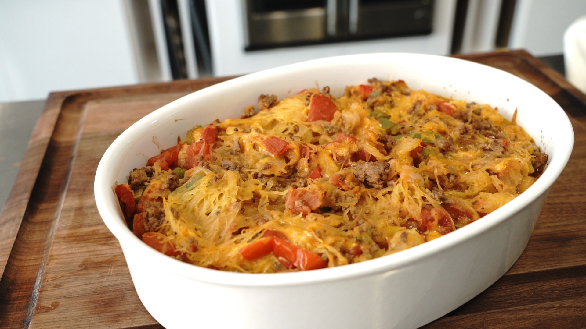 baked spaghetti squash with beef and veggies casserole