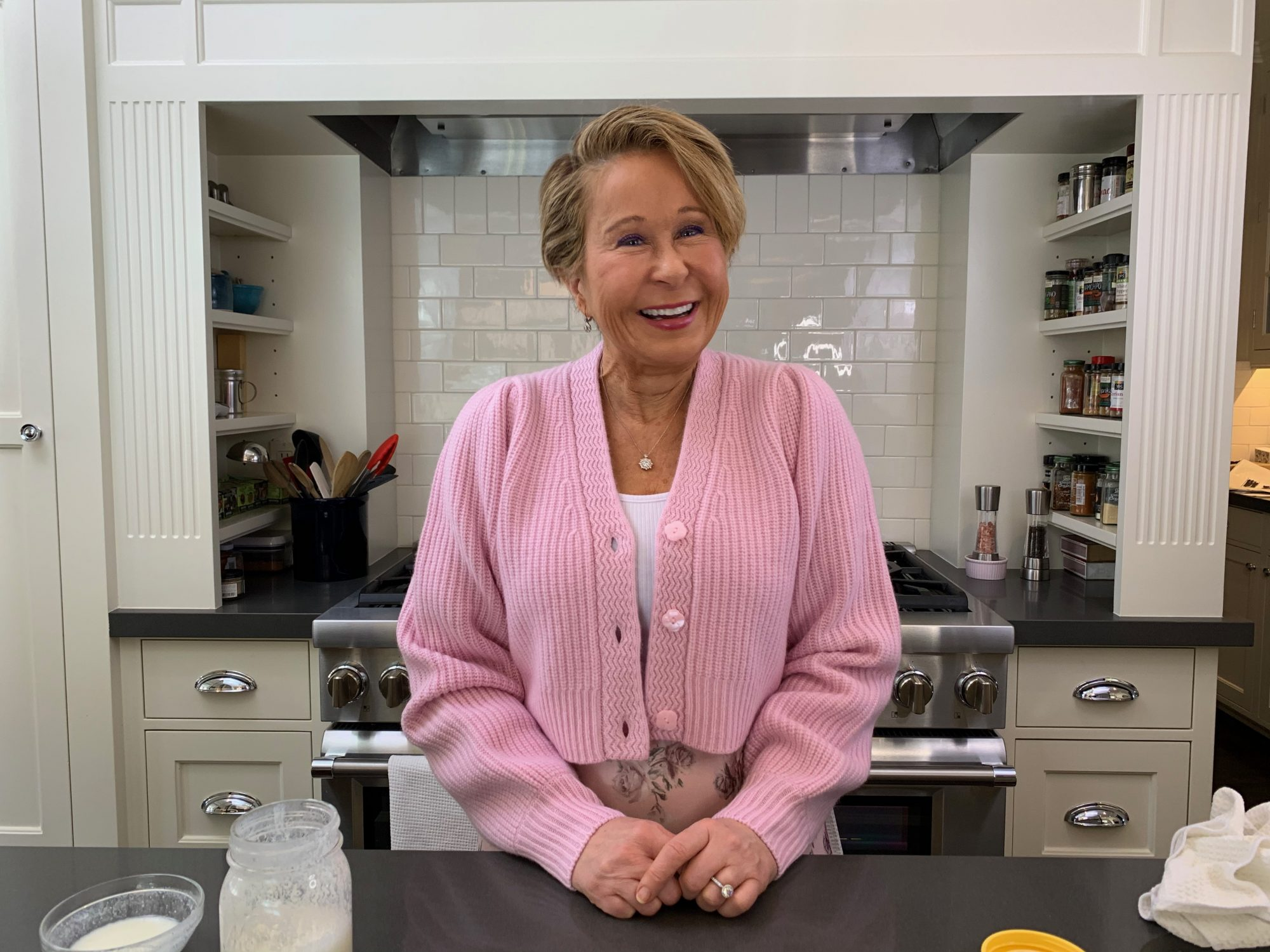 Yeardley Smith in the kitchen