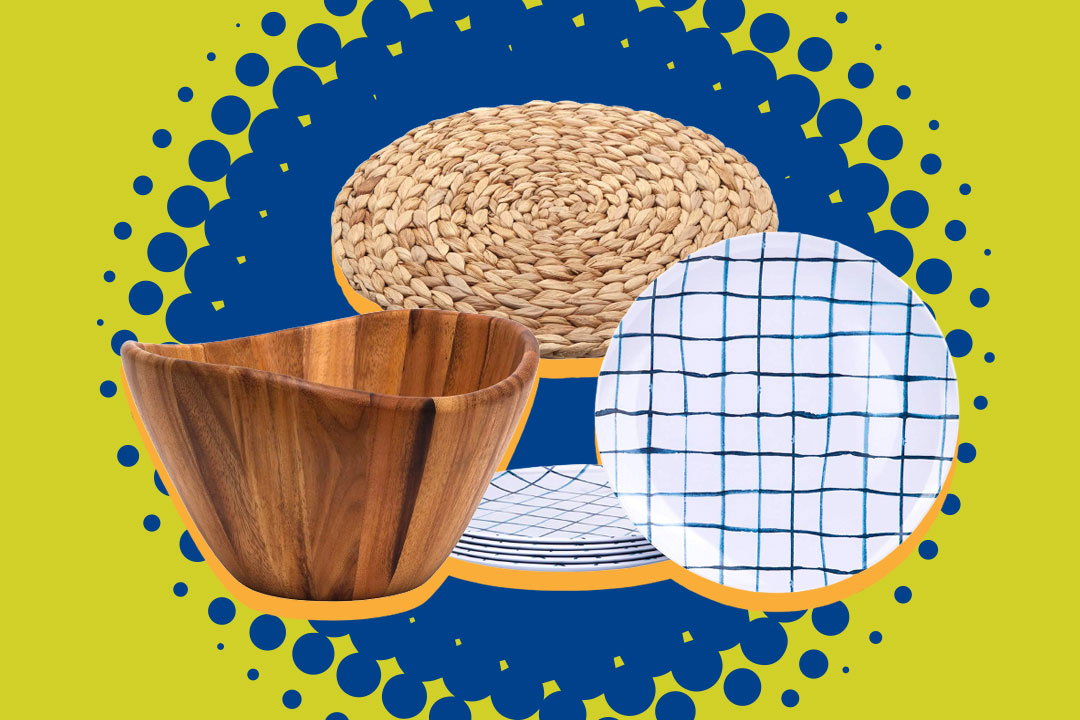 wooden bowl, straw placemat, white and blue checked plates
