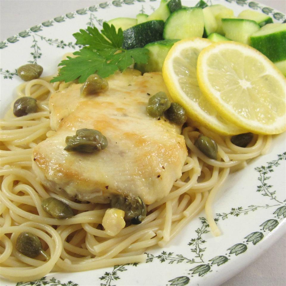spaghetti with chicken and capers