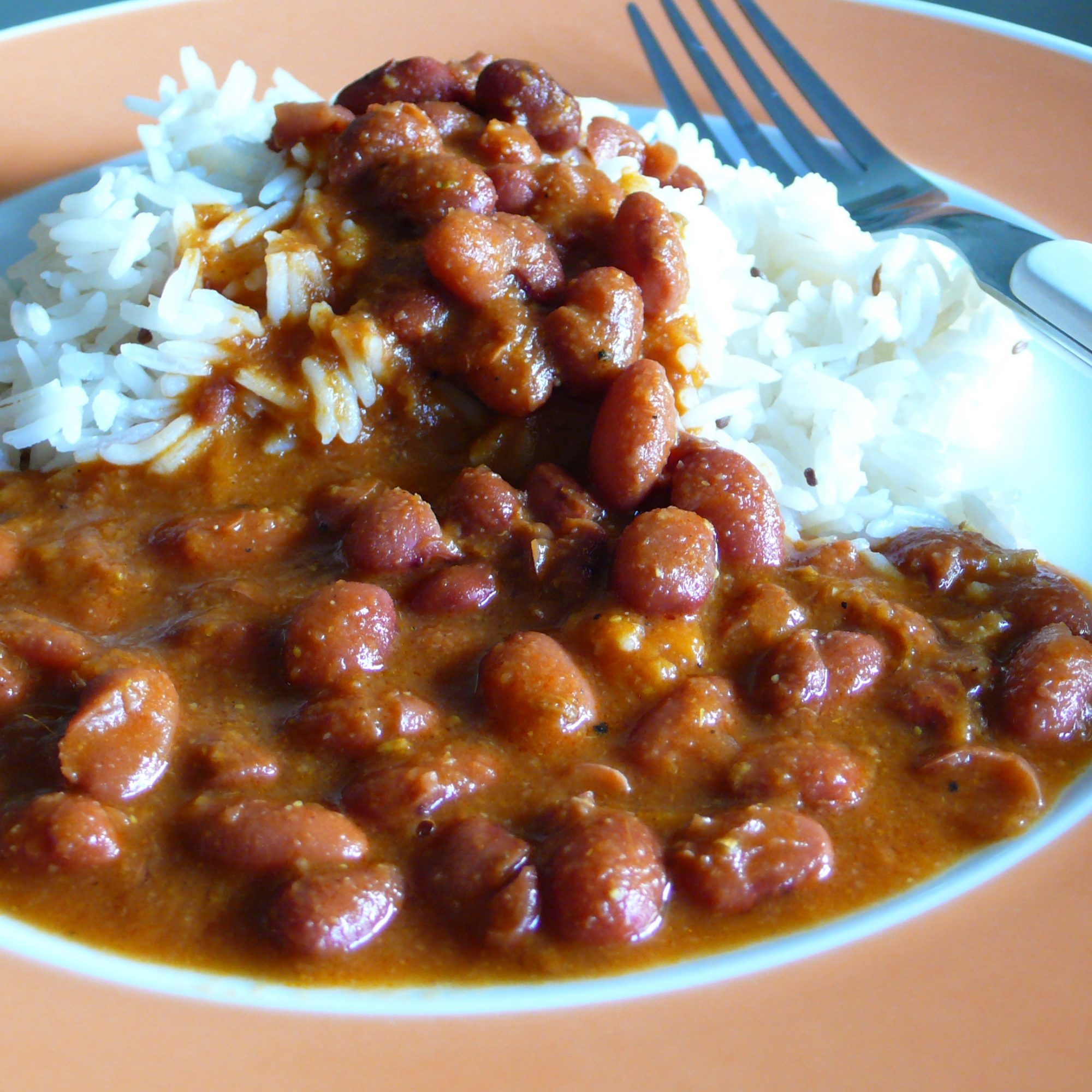 a plate of rajma with rice