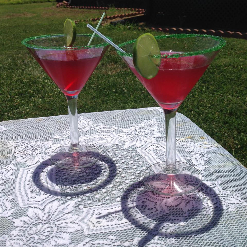 two cosmopolitans on outdoor table with lace table cover