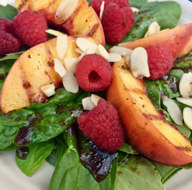 Grilled Peach Salad with Spinach and Raspberries